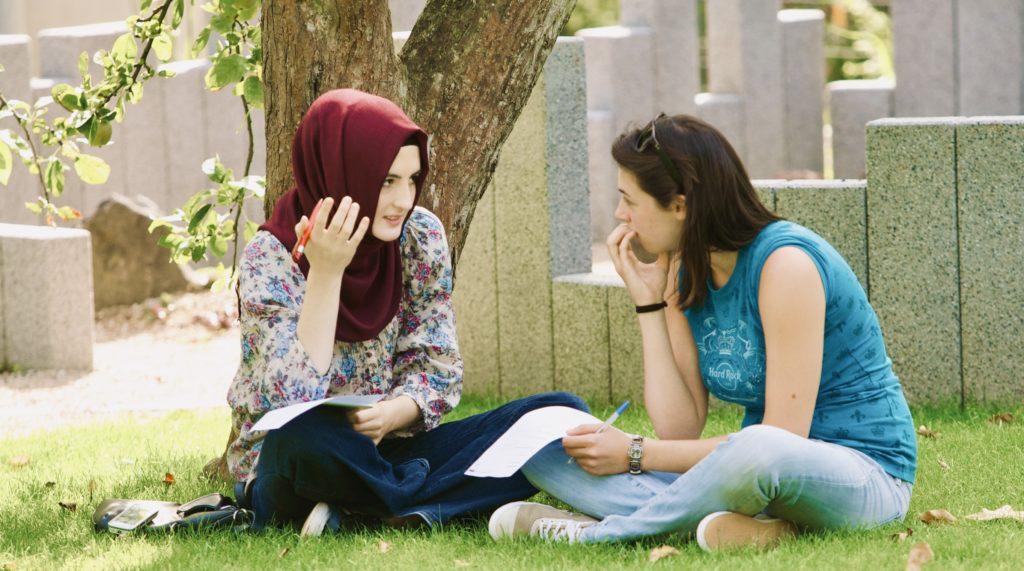 Gemeinsamkeiten und Selbstfindung im Garten der Religionen